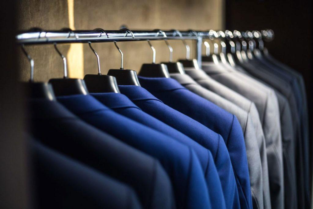 blur-clothes-fashion-325876-1024×683